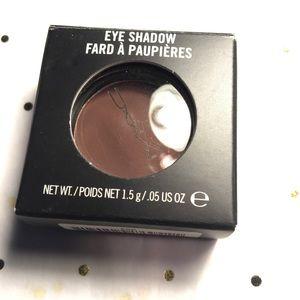 Mac Eyeshadow 'Embark.'